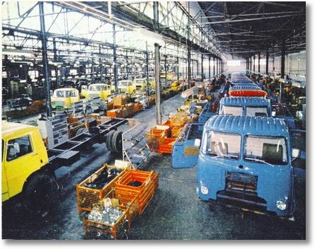 FNM - 1976 - Linha de Montagem caminhões