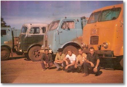 FNM BRASINCA 1956 - Motorista João Fagundes Machado de chapéu - Maringá PR 13-06-1974