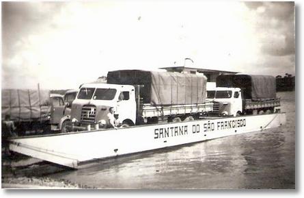 Penedo - São Paulo - Travessia de balsa em 1963 - Adir e Dejanir Valaski - FNM 61 e 59