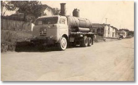 FNM 58 - Uylton Ricardo Soares - Transportando caldeira para Aparecidinha, serraria do Sr