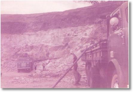 Antonio Maoski (Tinindo) e João Pichorim - Carga de Pedra de Gesso de Trindade PE para BArbacena MG - 1968