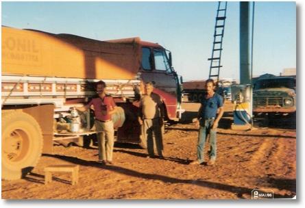 FNM 180 72 - Curruira e Heitor Cruz o outro não reconhecido - Em 1986 no Mato Grosso