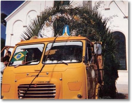 FNM 180 ano 76 - Luis Carvalho - Procissão em Contenda SJP - 1994 - Este FNM pertenceu a Celso Bergonce