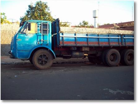 caminhão 008