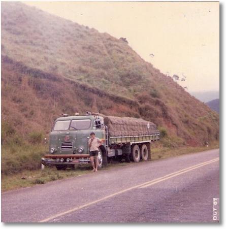201987 na Serra do Piquete-MG - Este FNM foi comprado e restaurado por Miklos, hoje de propriedade de Osvaldo Strada