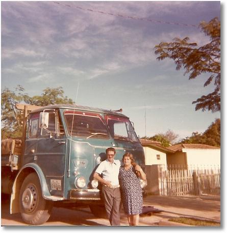 FNM 180 75 motorista Eloy Dimas na foto seus pais Eloiu Camargo e Leocadia S.J
