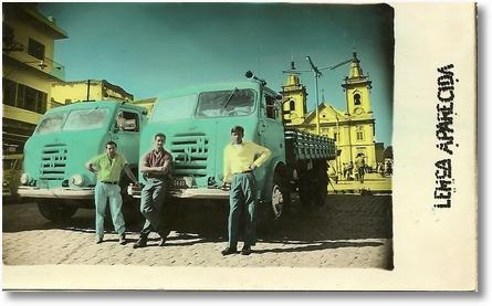 FNMs EM APARECIDA ALCEU (MALUQUINHO) ALCIDES (CID) E TURIBIO,NESTA ÉPOCA AS FOTOS ERAM COLORIDAS MANUALMENTE ESPERAVA UM POUCO