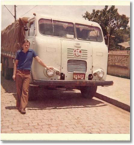 FNM V12 68 PROPRIETARIO PAULINO BORTOLAN MOTORISTA JOÃO GRIBOGY SOBRINHO EM SÃO JOSE DOS PINHAIS 1974